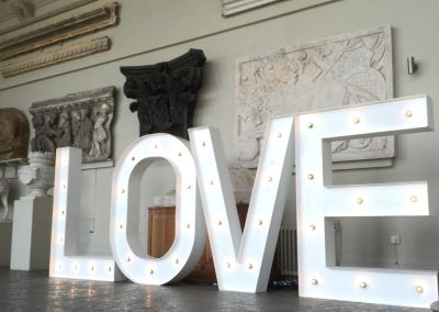 giant-light-up-love-letters-for-hire-vowed-amazed-2