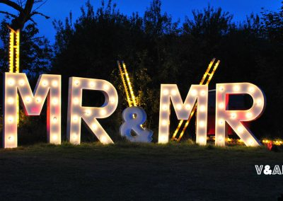 giant-light-up-mr-mr-wedding-letters-for-hire-vowed-amazed-2