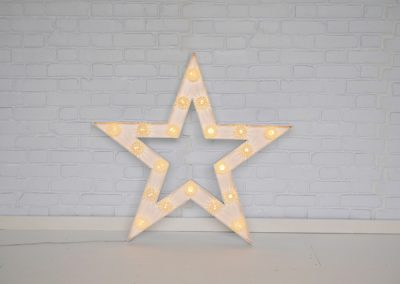 light-up-stars-props-for-hire-vowed-amazed-3