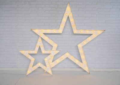 light-up-stars-props-for-hire-vowed-amazed-9
